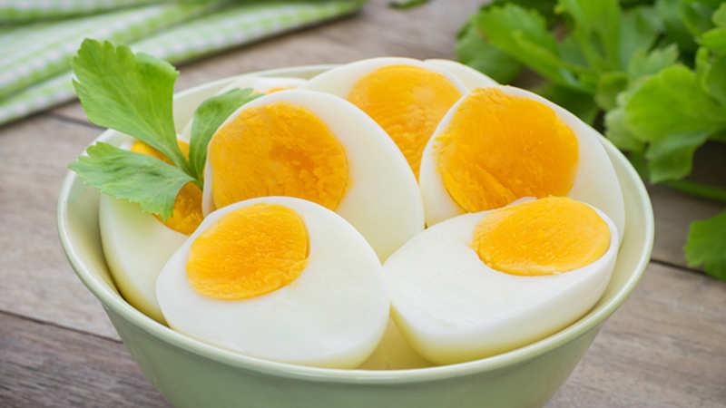 Quante uova si possono mangiare al giorno?