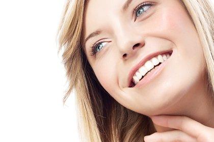 rimedi contro la sensazione di denti ruvidi