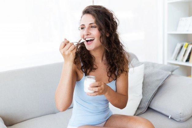 Dimagrire con lo yogurt a fine pasto è facile e veloce!