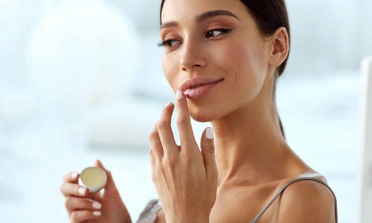 Labbra morbide in inverno: 4 rimedi da provare