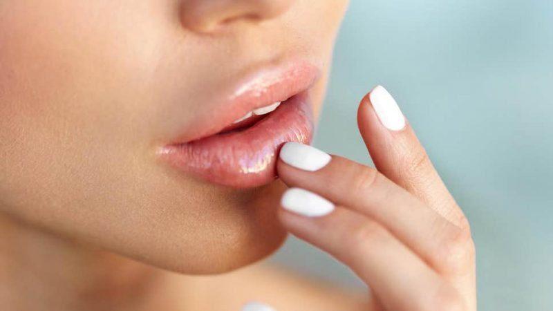 Come avere labbra più grandi e carnose in modo naturale