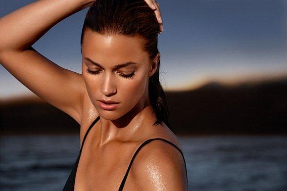 Pelle luminosa: rimedi naturali e prodotti per un viso radioso
