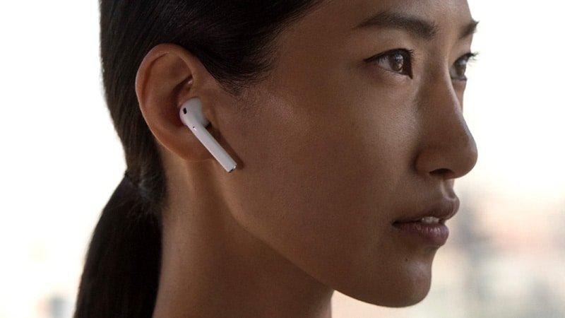 Apple AirPods con custodia di ricarica wireless (ultimo modello): caratteristiche e differenze