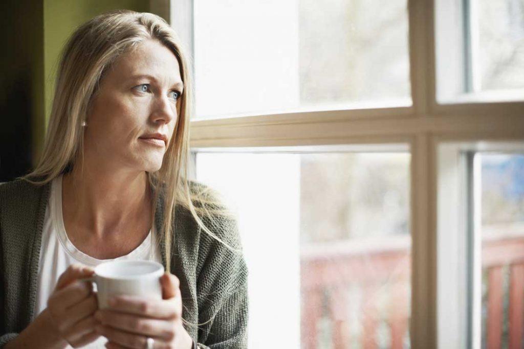 Stanchezza in menopausa: integratori, erbe e altri rimedi