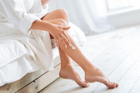 crema idratante per braccia e gambe secche