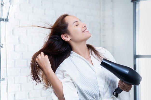 rimedi per capelli che si spezzano
