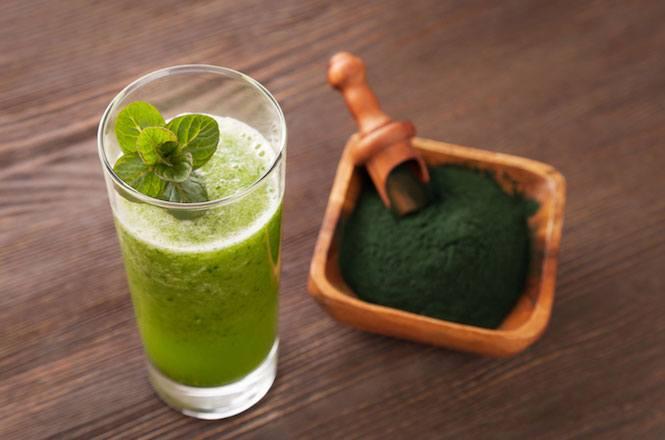 Spirulina: indicazioni e posologia. Qual è il modo corretto per assumere l'alga?