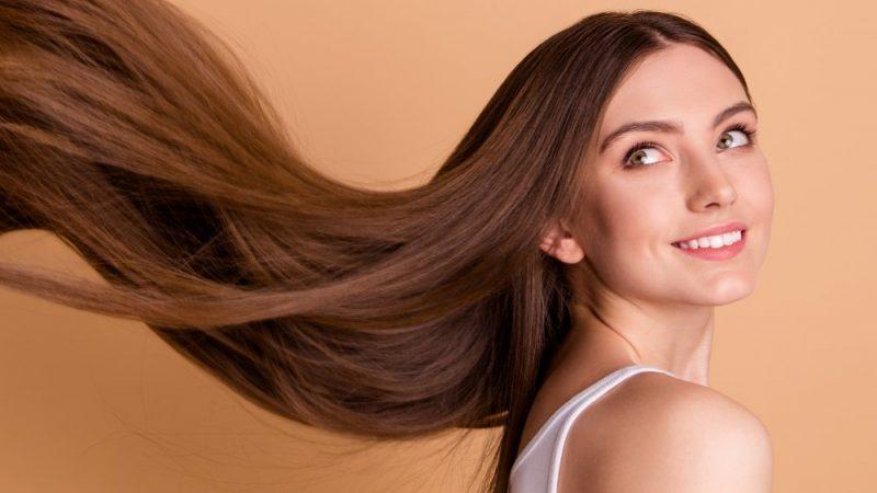 Crescita veloce dei capelli: i 5 migliori integratori del 2021