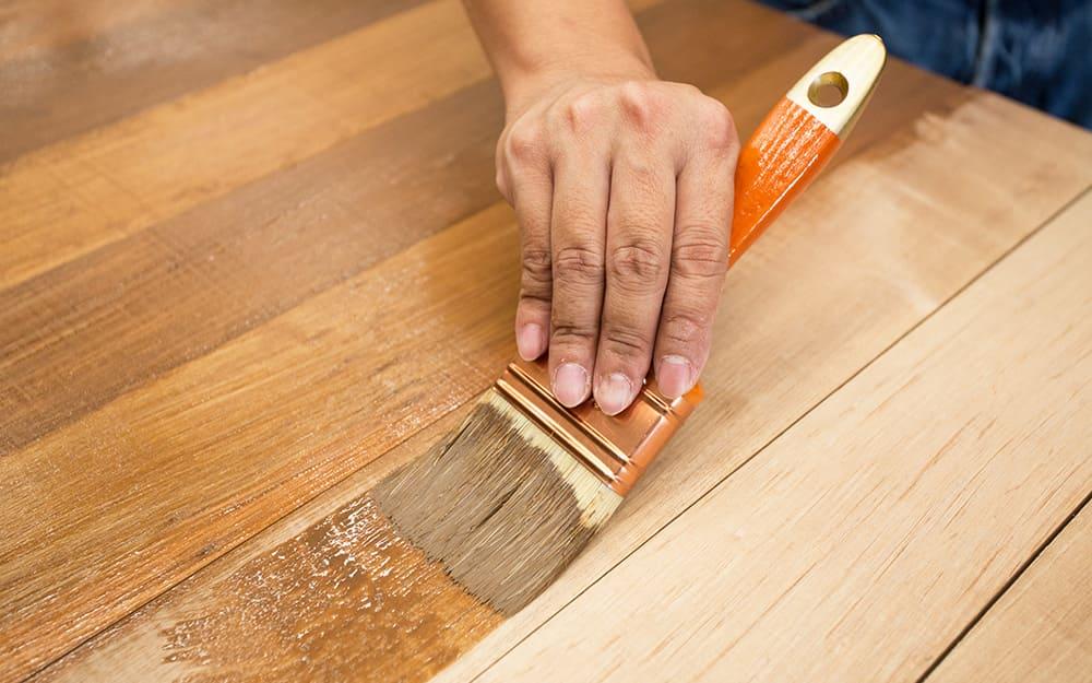 Come rinnovare un mobile in legno in 3 passaggi