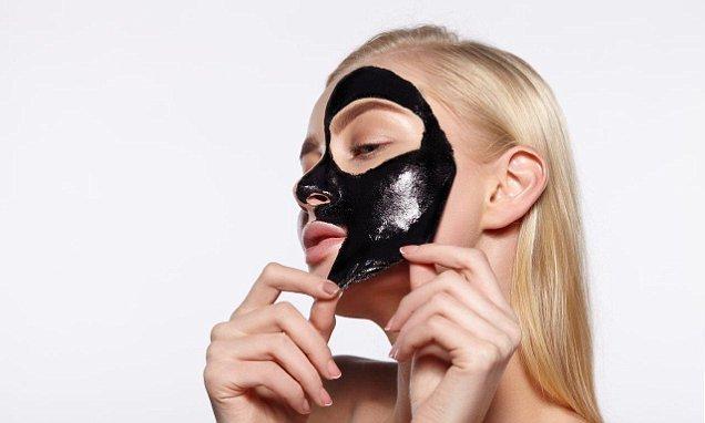Maschera viso peel off: come si usa e quali sono i benefici?