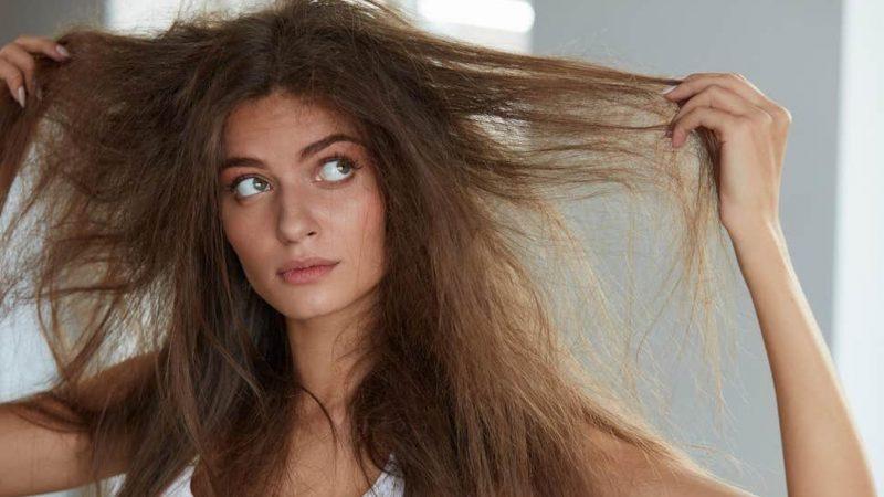 Integratori per capelli che si spezzano